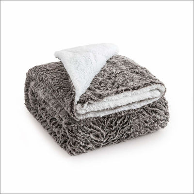 Hypoallergenic Sherpa Throw Blanket