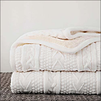 Ivory White Cable Knit Fleece Throw Blanket