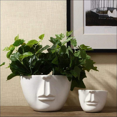Porcelain White Face Tabletop Flower Vase