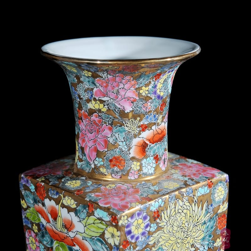 Antique Ming & Qing Dynasty Porcelain Flower Vase - Home & Garden