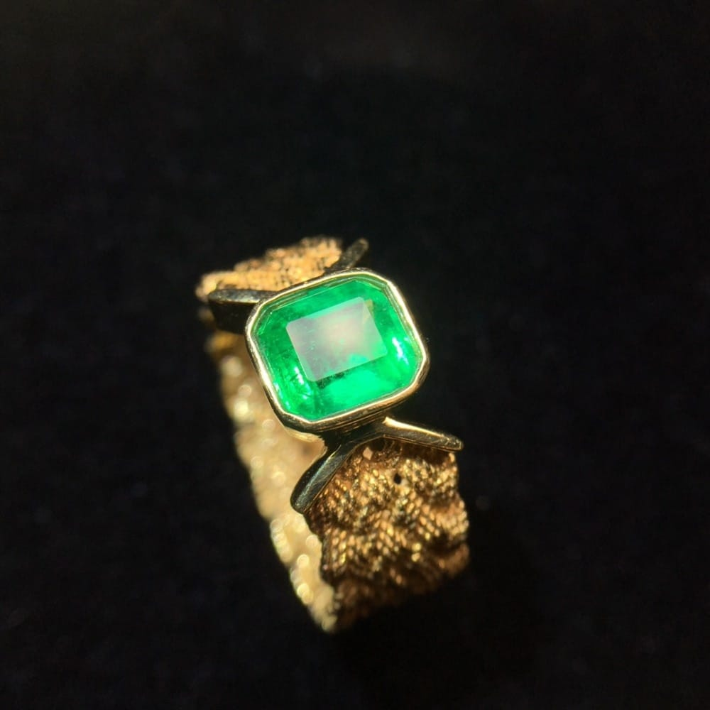 18K Natural Real Emerald Green Gold Men's Ring - Gifts For Him Under $5,000