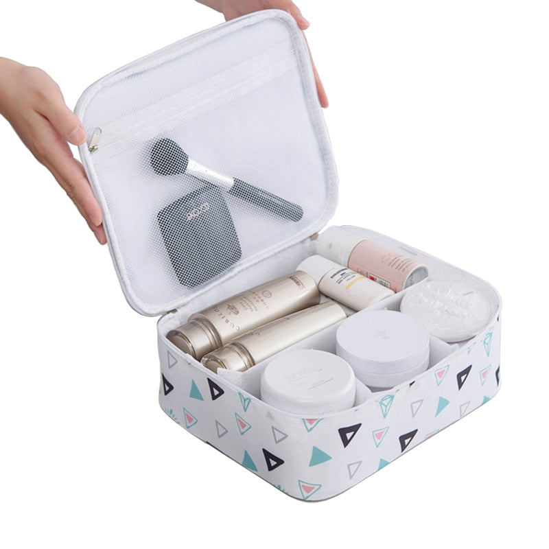 Agatha Travel Luggage Cosmetic Bags Default