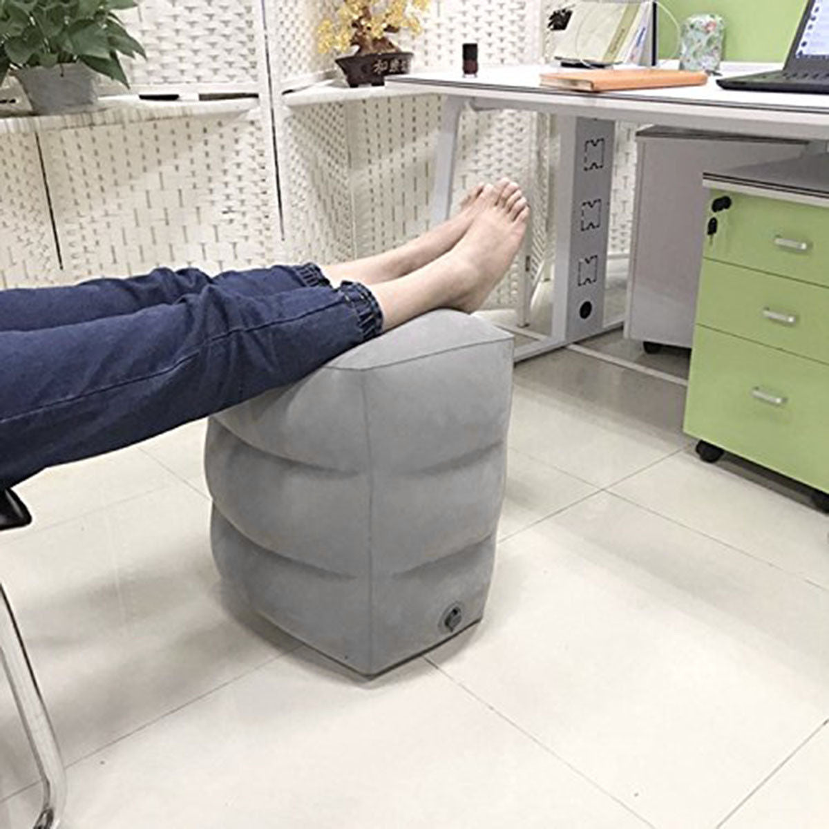 Inflatable Portable Travel Footrest Pillow