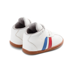 Pumbaa Baby Shoes in White