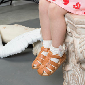 Kids Beach Sandals in Neon Pink
