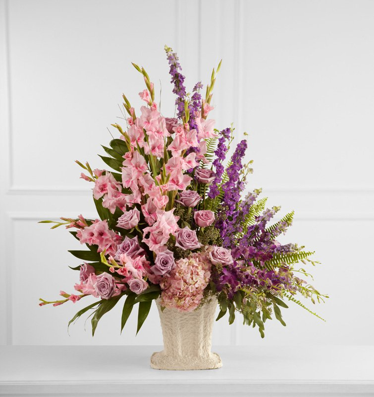 Flowing Garden Arrangement