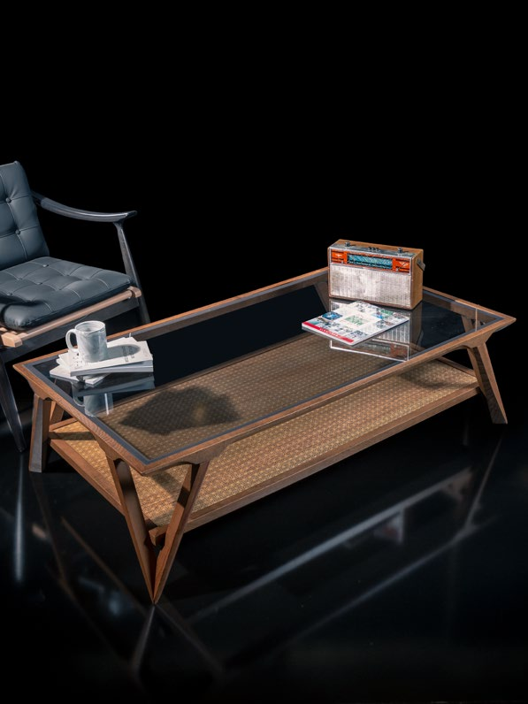 Boardline Collection - Center Table - Veronica