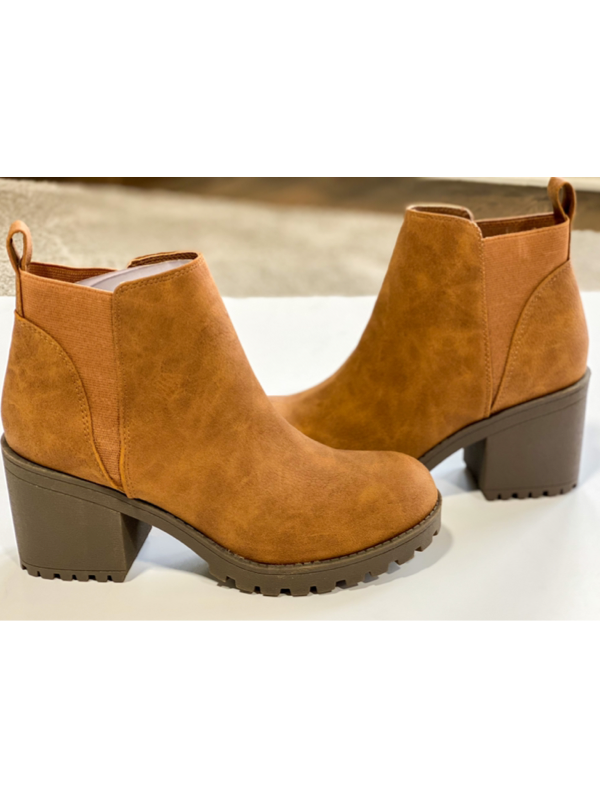 Dirty Laundry- Lido Tumbled Walnut Boots