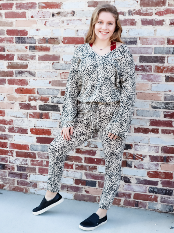 BB Dakota-Off Duty Joggers in Feline Print