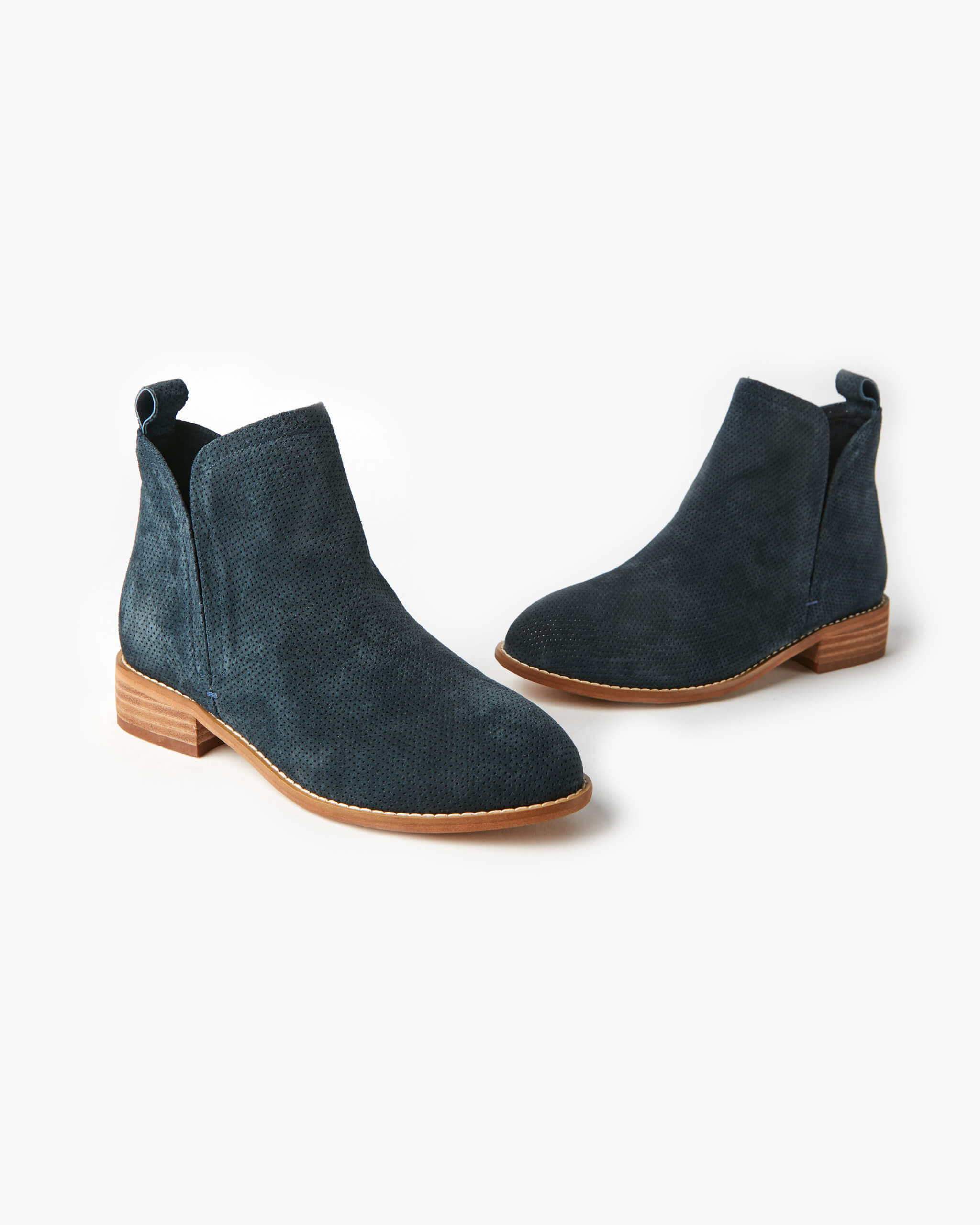 Douglas Leather Boot - Navy Nubuck