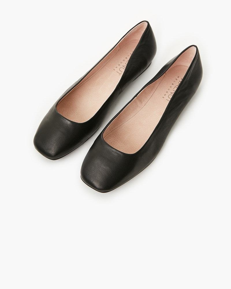 Ellery Leather Flat - Black