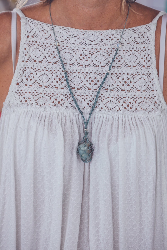 JHANA AMAZONITE CRYSTAL NECKLACE
