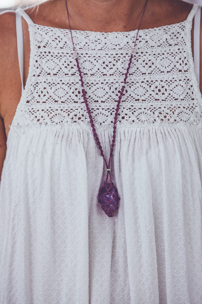 JHANA AMETHYST CRYSTAL NECKLACE