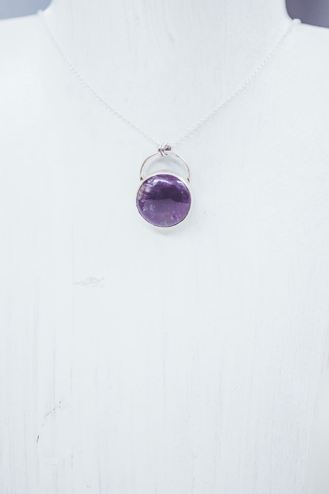LAITLAH ROUND AMETHYSTE NECKLACE