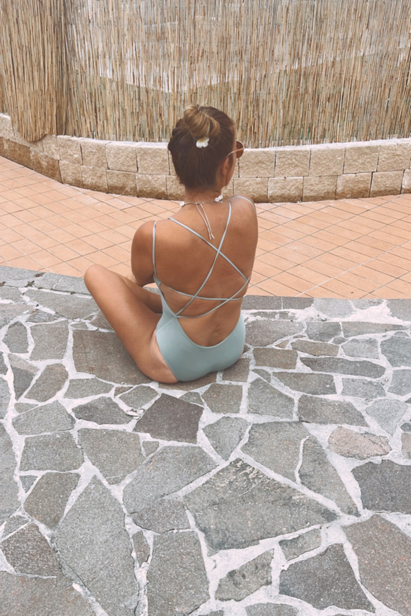 WOMEN RECYCLED PALMS ZIP HOODY