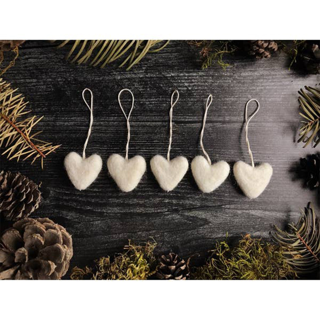 """Heart Felt"" Ornament, White Set of 6"