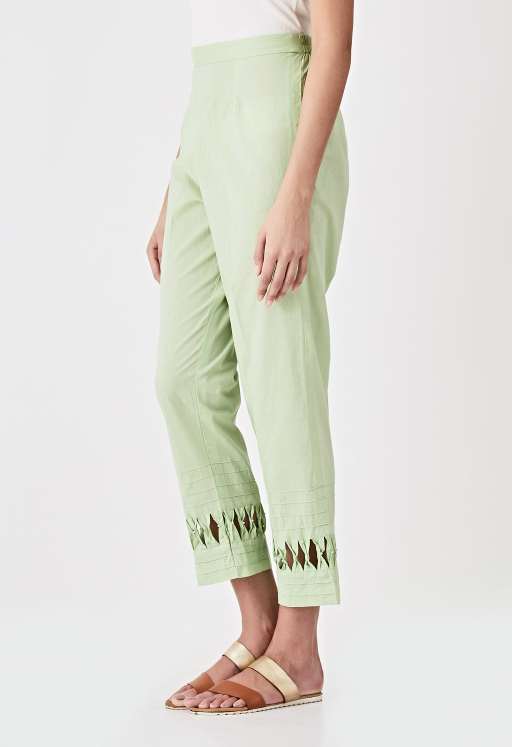 Smocked Detail Pants- Green