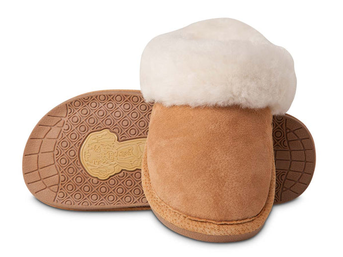 'Old Friend Footwear' Women's Scuff Slipper - Chestnut