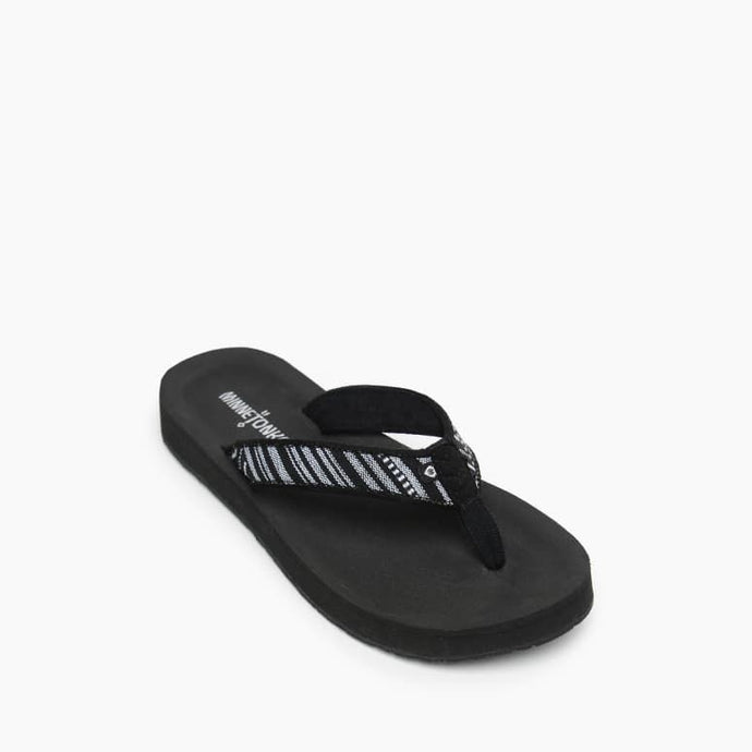 'Minnetonka' Women's Hedy Sandal - Black / White
