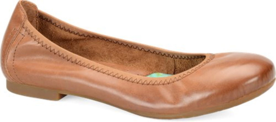'Born' Women's Julianne Slip On - Brown