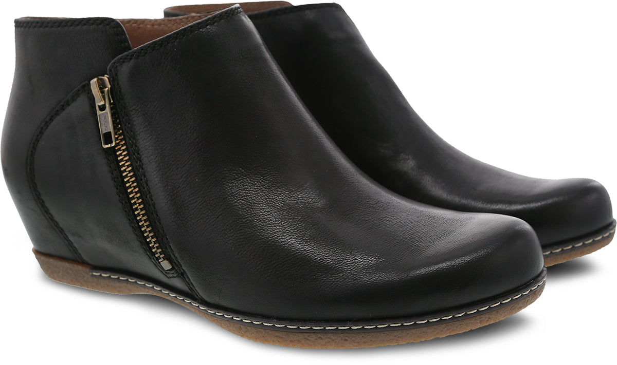 'Dansko' Women's Leyla Burnished Nubuck - Black