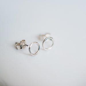 Silver Hammered Circle Stud Earrings