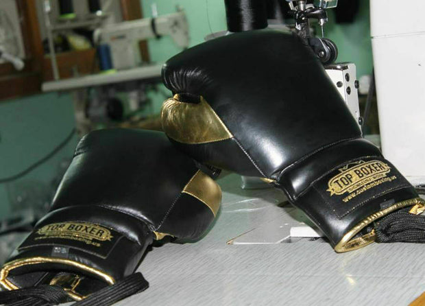 Black Win1 Boxing Gloves