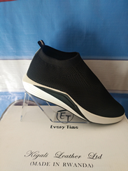 Leather shoe for men