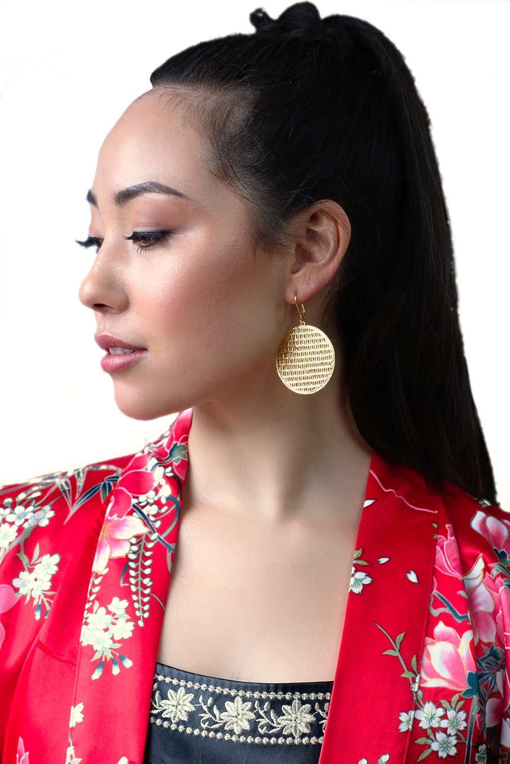 sophisticated lightweight unique statement gold earrings