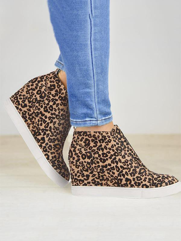 Leopard Casual Sneakers