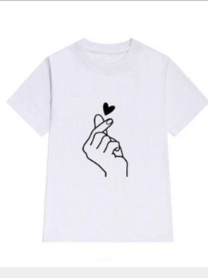 Women Love Heart T-shirt
