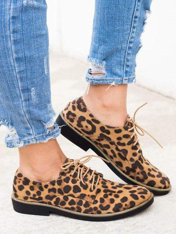 Leopard Bullock Suede Casual Shoes