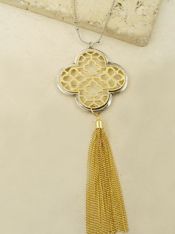 LA3accessories Clover Filigree Tassel Necklace