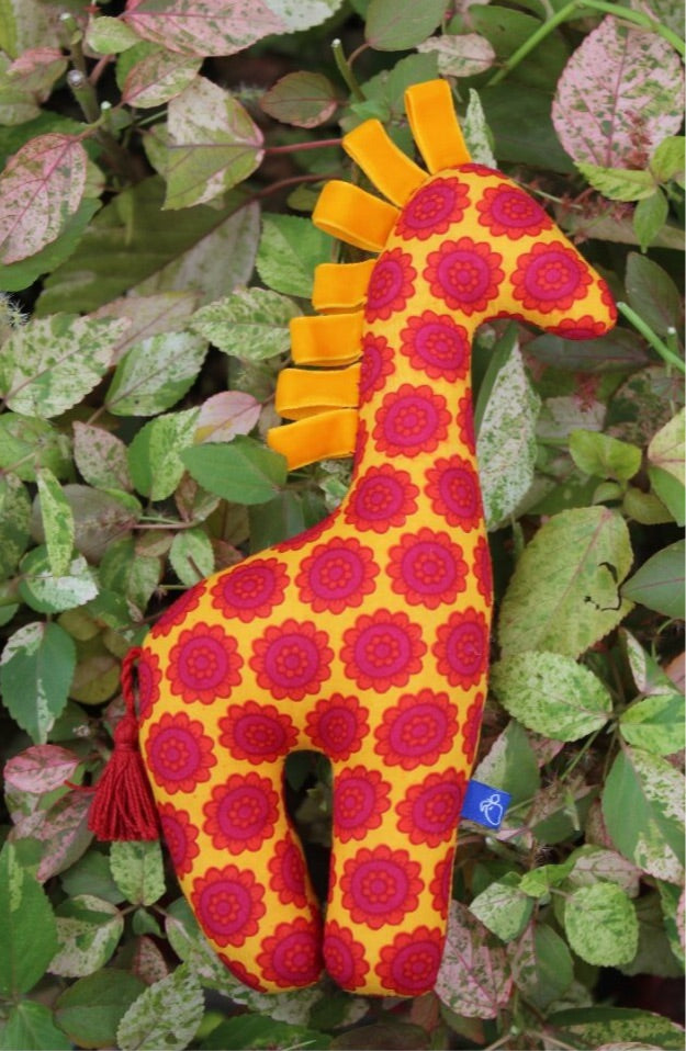 Jhumroo Giraffe - Red and Orange