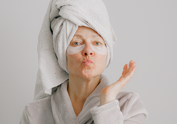 Aussie woman using under eye sheet masks to reverse the signs of ageing skin