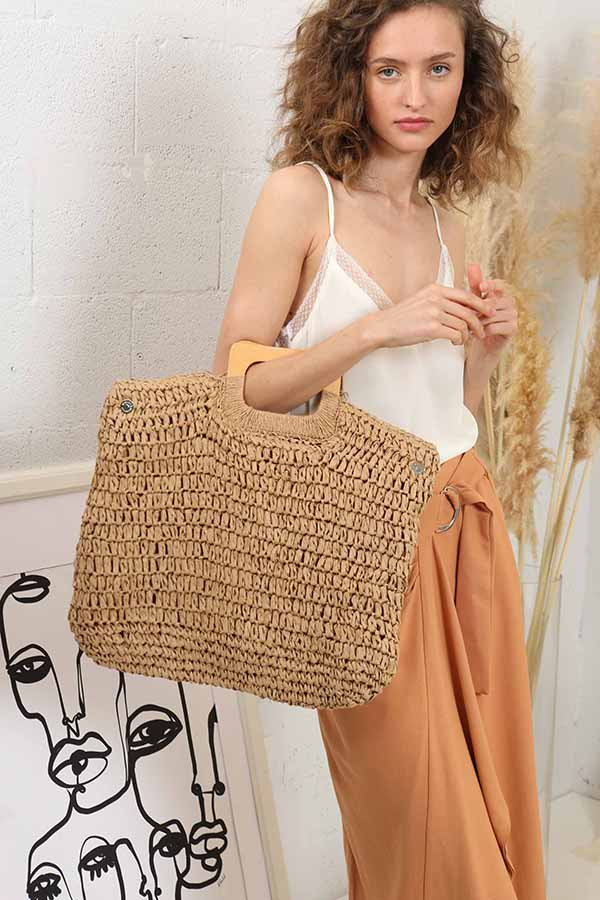 Land Down Under Tote -Silk & Salt
