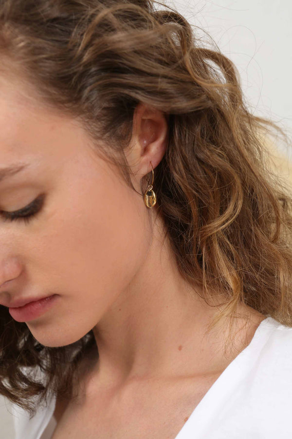 THE SHELL EARRINGS -Silk & Salt