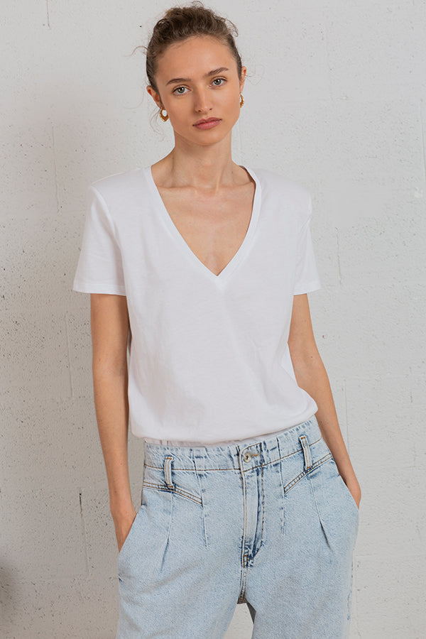 Eyes Up V-neck Tee -Silk & Salt