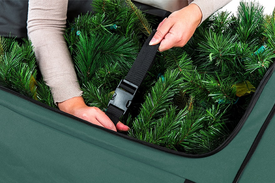 TreeKeeper Bags Big Wheel Super Duffel Tree Storage Bag Compression staps Being Buckled