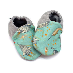 Enchanted Universe 0-6m Shoes