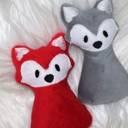 M051 Baby rattle - red fox