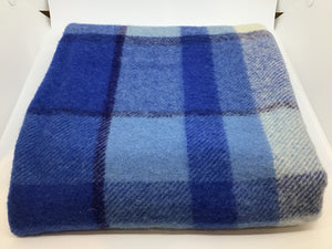 F227 Wool pce Blue check