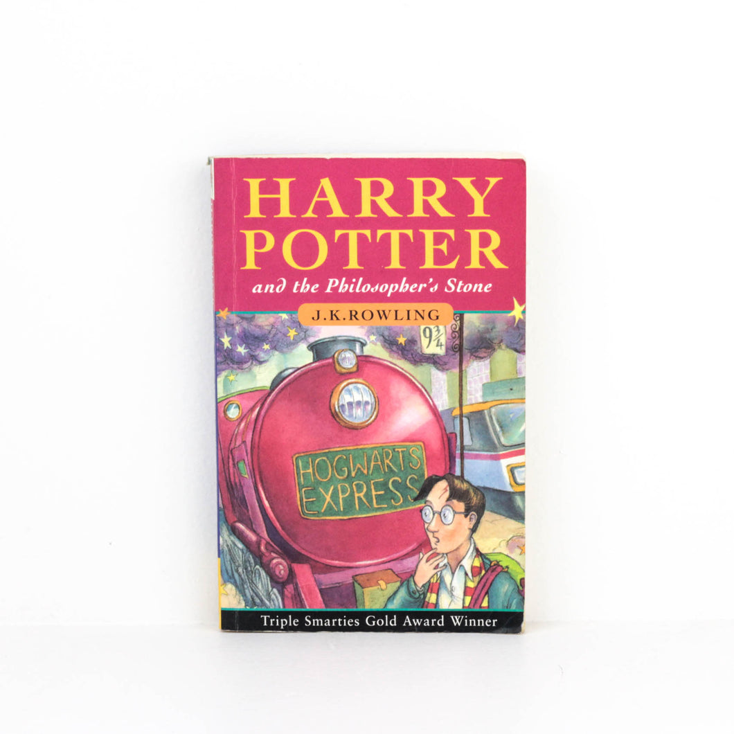 J. K. Rowling, Harry Potter and the Philosoper's Stone