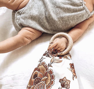 Autumn Bloom Teething Comfort