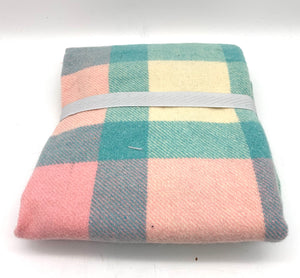 F173 Wool pce Pastel Checks