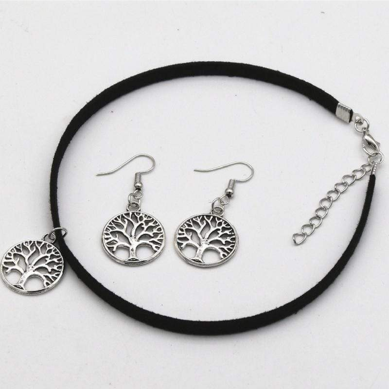 Wicked Wonders VIP Bling Bling Set Advice From a Tree Silver Choker Set Affordable Bling_Bling Fashion Paparazzi