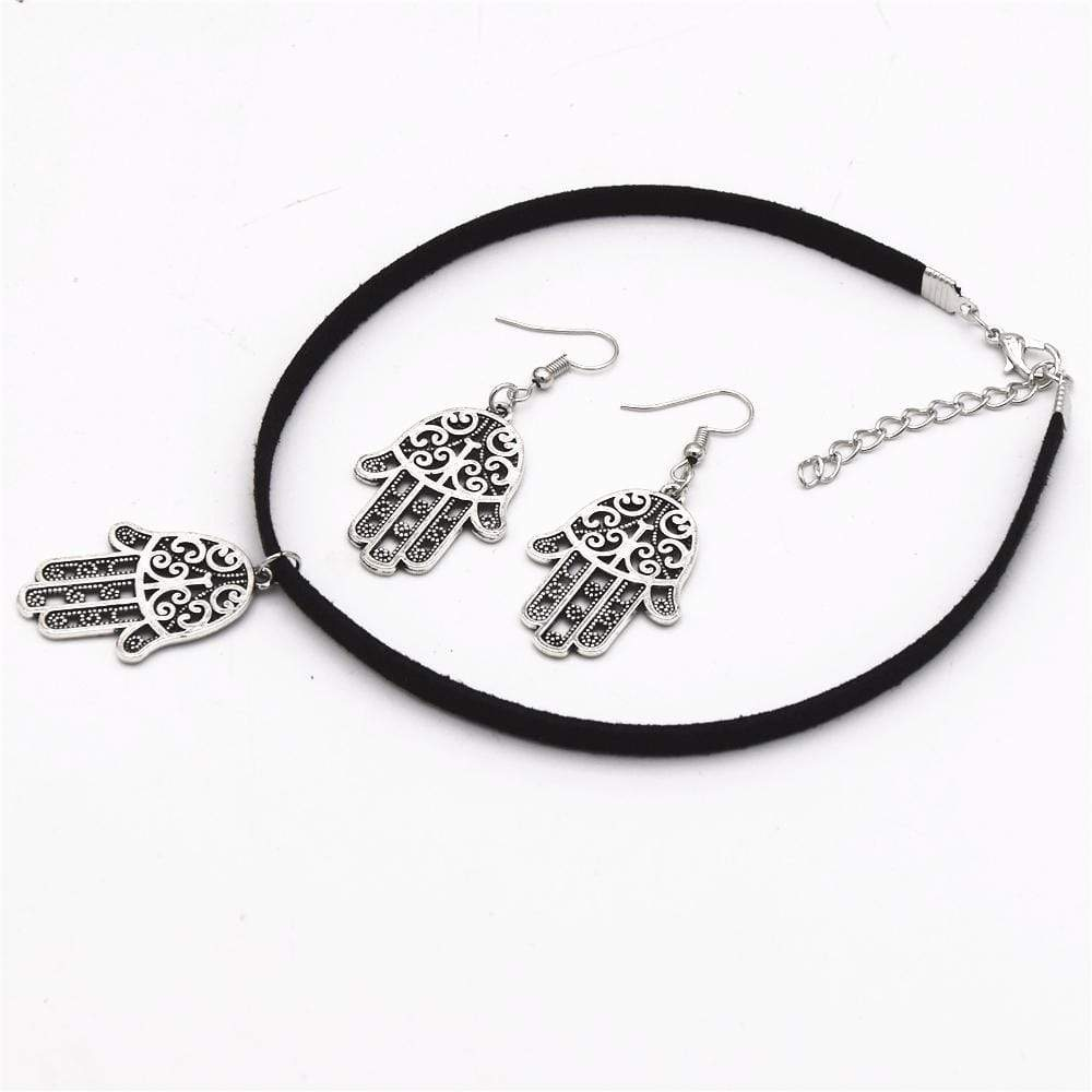 Wicked Wonders VIP Bling Bling Set Rule Your Mind Hamsa Choker Necklace Set Affordable Bling_Bling Fashion Paparazzi