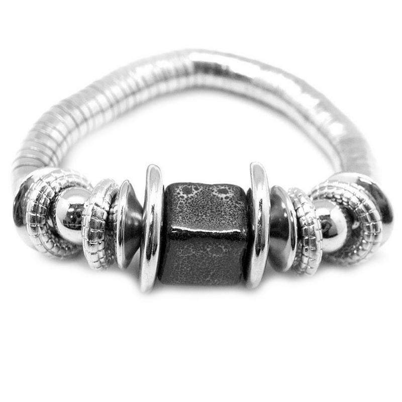 Wicked Wonders VIP Bling Bracelet Around the Block Black Stretchy Bracelet Affordable Bling_Bling Fashion Paparazzi