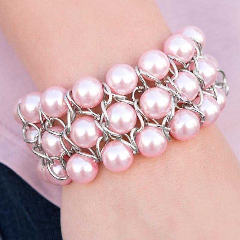 Wicked Wonders VIP Bling Bracelet Cadillac Lane Pink Stretchy Bracelet Affordable Bling_Bling Fashion Paparazzi