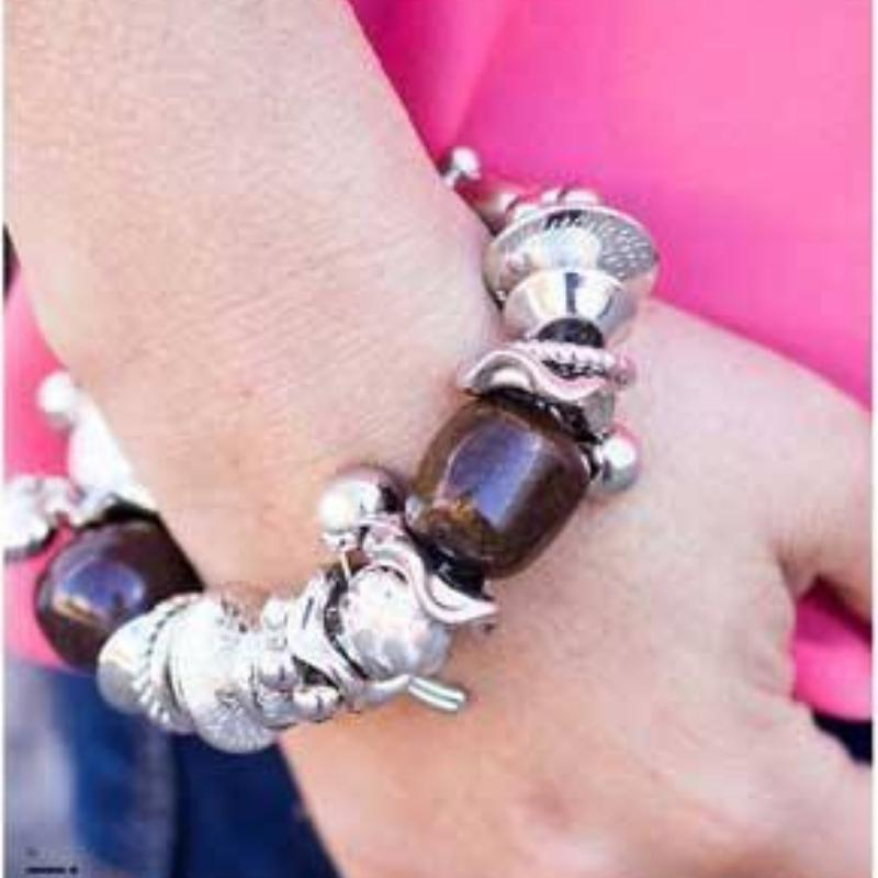 Wicked Wonders VIP Bling Bracelet Extending an Invite Brown Stretchy Bracelet Affordable Bling_Bling Fashion Paparazzi
